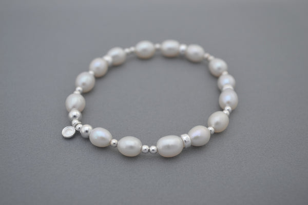 Freshwater pearl and Sterling Silver disc bead bracelet