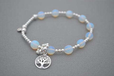 Baby bump count the kicks Moonstone and Sterling Silver bracelet - tree of life charm