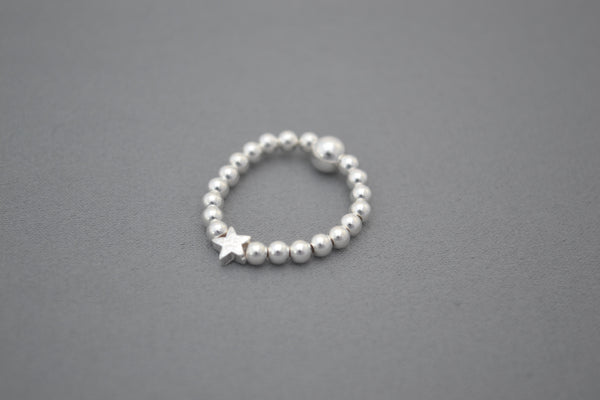 Sterling Silver small bead ring with Star bead detail