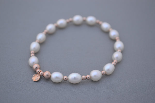 Freshwater Pearl and Rose Gold bead bracelet
