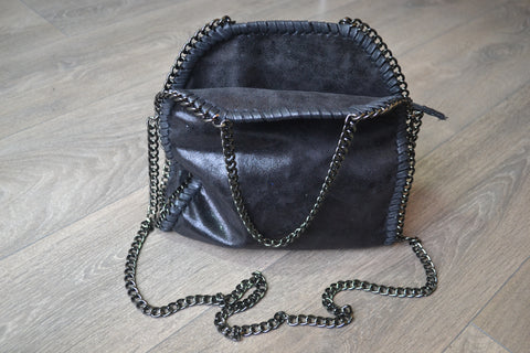 Chain detail shoulder small tote bag - Black