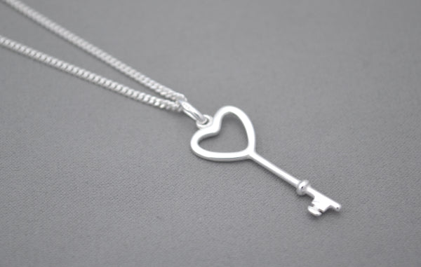 Sterling Silver chain with Sterling Silver 'key to my heart' charm