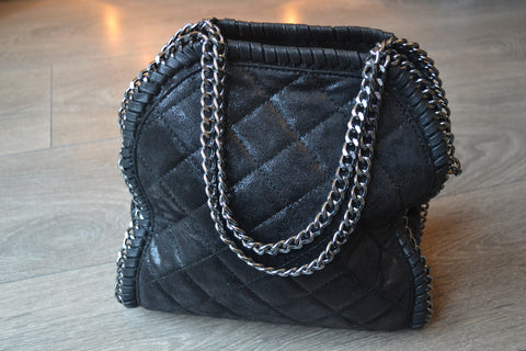 Quilted Chain detail shoulder small tote bag - Black