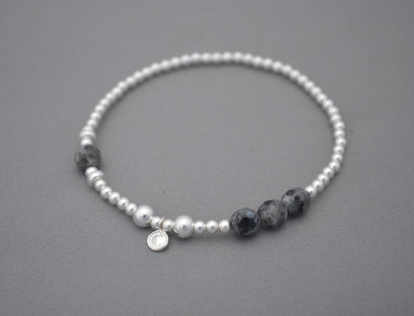 Sterling Silver handmade 3mm bead bracelet with black bead detailing