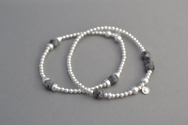 Sterling Silver 3mm, disc and Metallic grey Labradorite bead bracelet