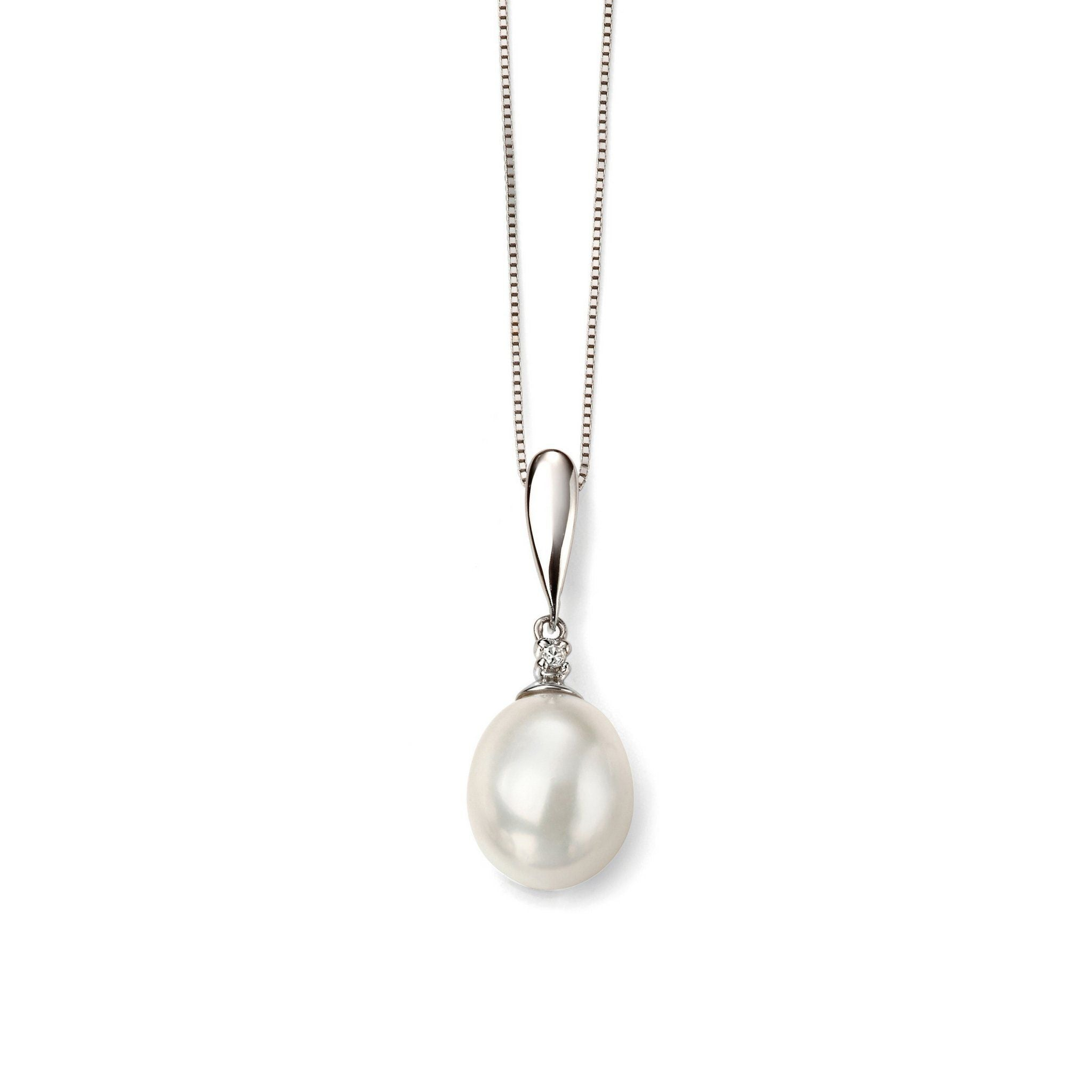 9ct White Gold Pearl & Diamond Pendant