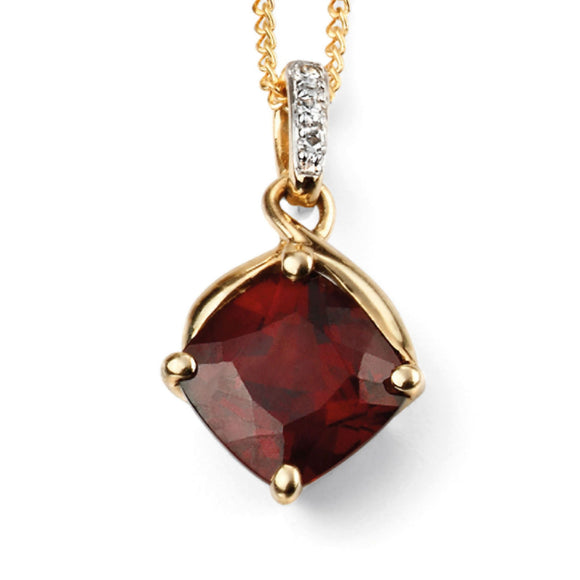 9ct Yellow Gold & Garnet Pendant