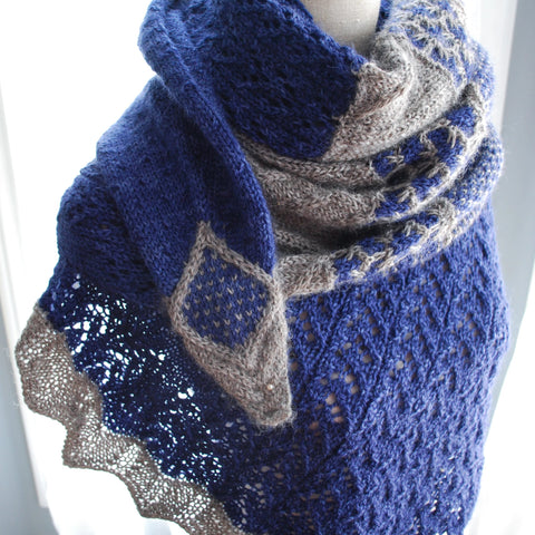 Runaway Star Shawl Knitting Pattern (PDF) by Phibersmith Designs