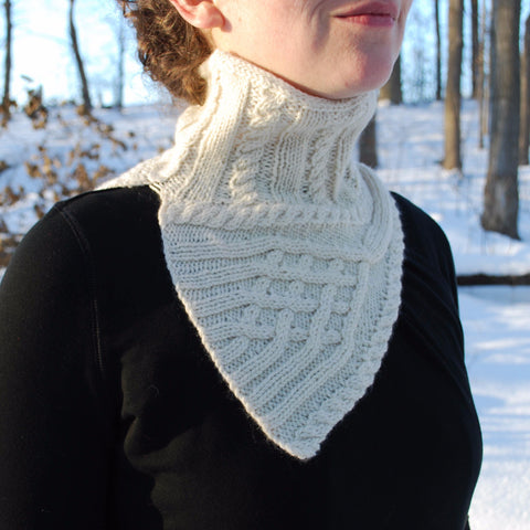 Fenestrella Cowl Knitting Pattern (PDF) by Phibersmith Designs