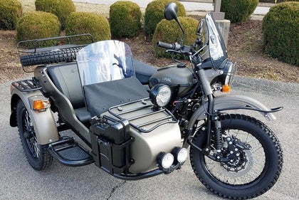 Ural Sidecar Windshield Assembly - Standard