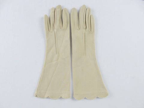 Vintage womans day gloves, Beige Nude Nylon sz 6 1/2