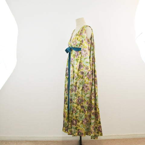 Vintage 1950s Lucie Ann of Beverly Hills robe / peignoir / dressing gown