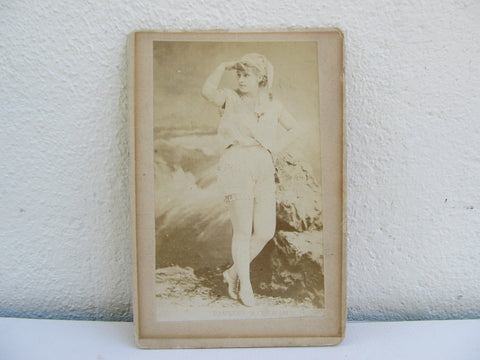 Antique CDV of Pauline Markham, Victorian dancer and singer portrait photograph