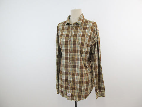 Classic Fit Levi Strauss signature button down shirt, 100% cotton brown plaid shirt