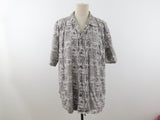 Black and white hawaii shirt, size L, Favant designed in Hawaii