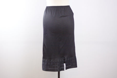 Black skirt slip by Fortune, half slip size small