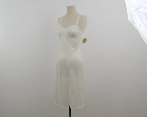 Vintage cream lingerie slip dress size 4 Antron III Sears tradition