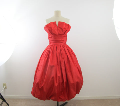 Bright red party dress size 2, Valentine tulip dress