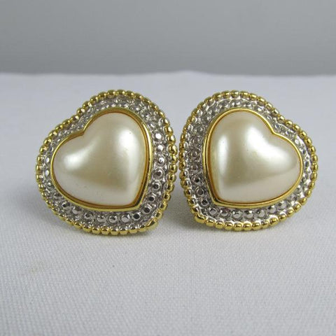 Heart shaped earrings, clip ons by Vendome, 1980s big earrings, statement jewelry