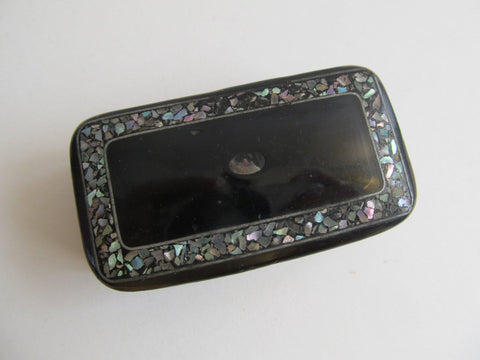 Antique Victorian snuffbox black paper-mache
