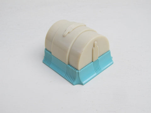 Art deco ring box in cream and blue by W & S New York