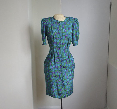 Vintage spring dress, colourful light summer dress, suitable for work dress, retro 1970s 1980s, green blue and purple