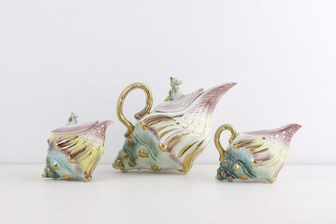 Shell seahorse teapot, sugar, creamer in sea spring pastels, whimsical tea service in pastel colours, IBF Candec Creation, ca 1950s