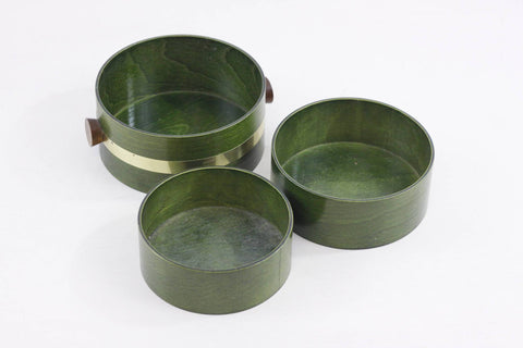 Iconic green bentwood snack set by Nippon Saito, vintage Japanese midcentury wooden nesting bowls, Saito wood company, retro 1960 - 1970s