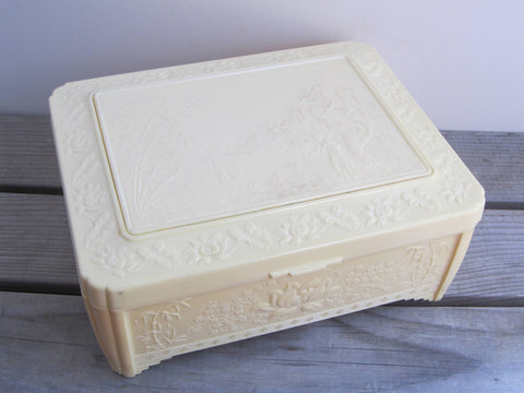 Vintage Chinese jewelry box, Ivory coloured plastic storage box, oriental celluloid trinket box with mirror, sewing box, childs jewelry box