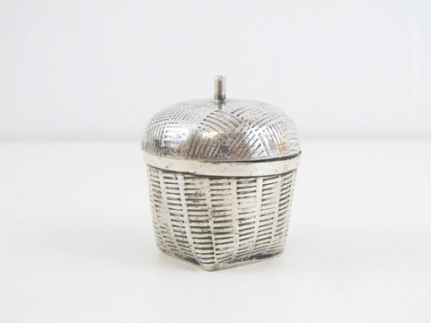 Vintage ringbox, Sterling silver ring box, basket shaped box, engagment ring box, wedding ring box, novelty silver box