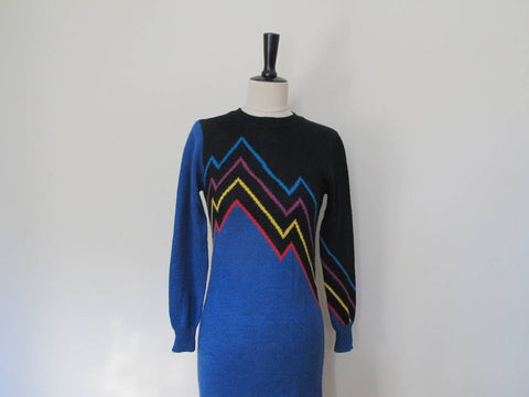 Blue sweater dress by Le Passe Partout, 1980s retro sweaterdress
