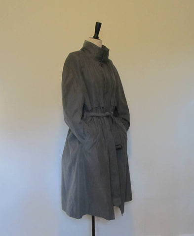 London Fog trench coat, winter coat in green / grey with detachable added lining size 40 short