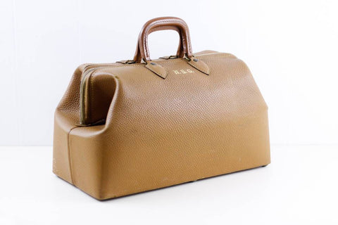 Leather doctors bag, Samuel trees & Co gladstone bag, brown leather weekend bag