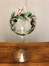 Load image into Gallery viewer, Holiday Wine Glasses