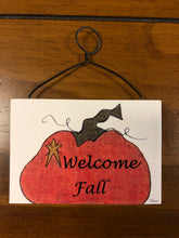 Load image into Gallery viewer, Mini Plaque Halloween & Fall