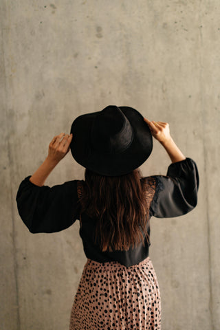 Suede In The Shade Hat In Black