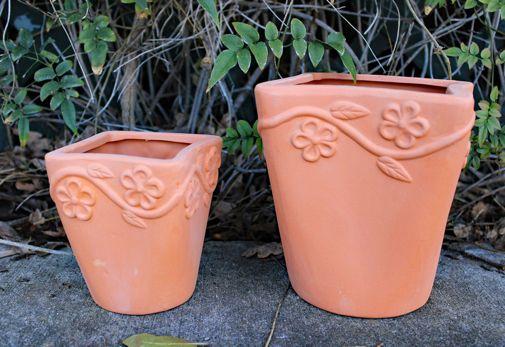 Set of 2 Different Size Natural Colored Terracotta Flower Wrapped Garden Planter
