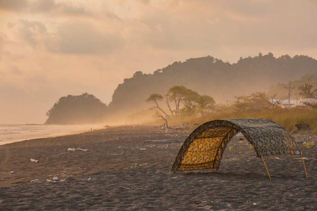 Portable shade for travel- backpacking- costa rica- Suniela Beach