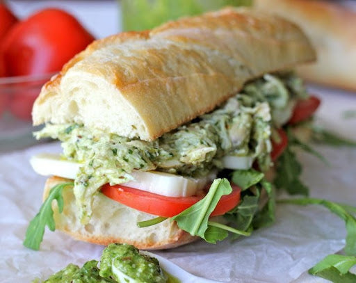 Pesto chicken sandwich recipe