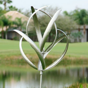 Kenetic Wind Spinning Sculpture