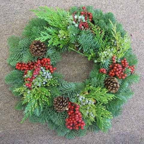 Premium Canella Berries & Cones Wreath