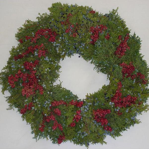 Premium Pepperberry & Juniper Wreath