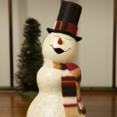Snowman from Dried Gourd