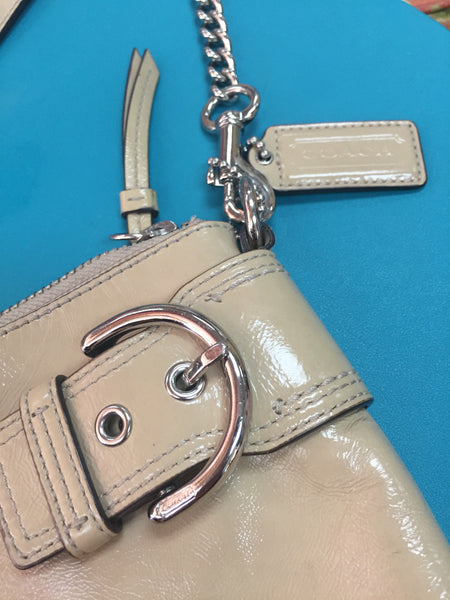 COACH tan patent leather purse - GUC - 11x7""