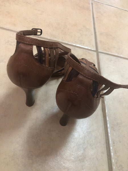 Carlos Strappy Brown heels sz 9.5