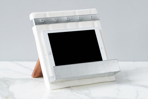 Bianca iPad/Cookbook Holder