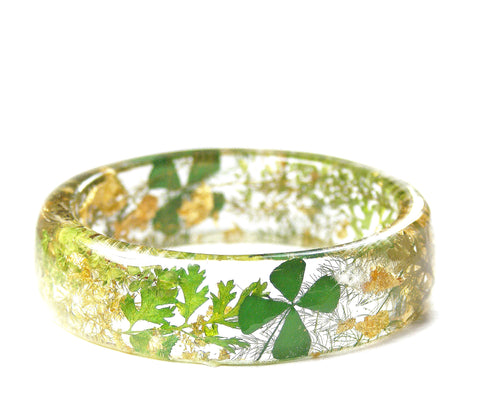 Gold and Clover Bracelet