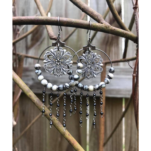 Silver Catcher earrings with beads