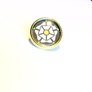 Round Yorkshire Rose Lapel Pins