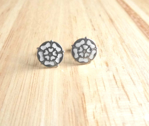 White rose stud earrings
